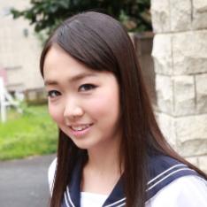 ライトの加減なのか、女優のさくら杏ちゃんが女子高生には見えませんが(笑)